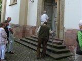 Währnd einer Stadtführung - Seiteneingang zur Dreifaltigkeitskirche Speyer