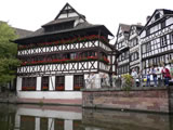 Straßburg ,Kanal mit Fachwerkhäusern, Limat